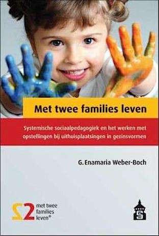 Afbeelding van het boek Met twee families leven